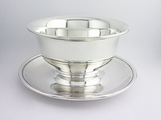 #84933 - Sauce Boats by All Makers KIRK CO #177 SAUCE BOWL WITH ATTACHED TRAY