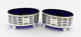 #94196 - Salt Cellars by All Makers INTERNATIONAL #S86 BLUE GLASS PAIR