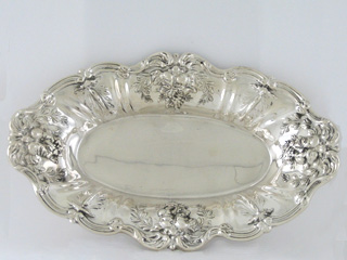 #47385 - Francis 1st by Reed & Barton BREAD TRAY #X554/568 OVAL SERV