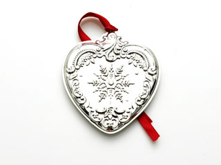 #67587 - Ornaments by Wallace 2007 WALLACE GRANDE BAROQUE HEART, 16TH EDITION