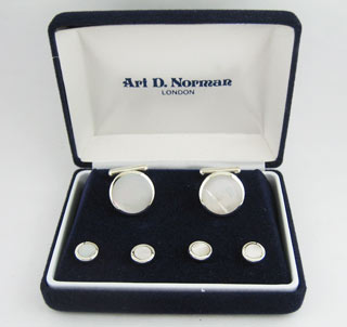 #78889 - Cufflinks by Corbell CORBELL #BOX153 MOP STUD SET